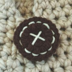 #crochet button detail by @caseyplusthree