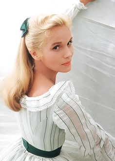 "deforest: "" Eva Marie Saint during the filming of Raintree County, 1956 "" Old Hollywood Glamour, Golden Age Of Hollywood, Vintage Hollywood, Hollywood Stars, Classic Hollywood, Most Beautiful Women, Beautiful People, Stunning Women, Divas"