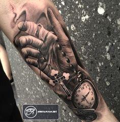 Hình xăm đồng hồ là mẫu thiết kế đẳng cấp cho nam giới. Cùng ngắm bộ sưu tập tattoo đồng hồ ngắm là mê - xem là phê...