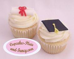 Graduation cupcake ideas.