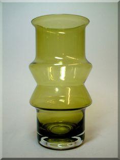 Riihimäen Lasi Oy / Riihimaki green glass 'Tuulikki' vase by Tamara Aladin, design number 1519
