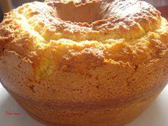 Este bolo ficou maravilhoso! Cresceu bastante, a crosta ficou crocante, o interior muito fofinho, para mim, um sucesso! O creme de choc...