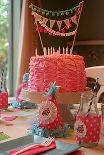 amazing cake!  From a blog with lots of party ideas