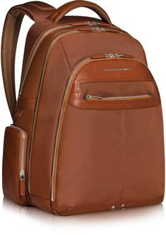 College Bags, Mens Travel Bag, Laptop Backpack, Foto Bts, Leather Fashion, Calf Leather, Clutches, Calves, Purses And Bags