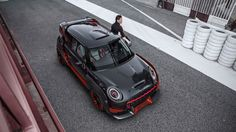Mini John Cooper Works GP Concept Wings Its Way Into Frankfurt :  The MINI John Cooper Works GP Concept: Racing without compromise. MINI presents design study at the IAA Cars 2017    Munich. The BMW Group has chosen the IAA Cars 2017 show in Frankfurt a. M. to present the modern racing essence of a MINI  in the shape of the MINI John Cooper Works GP Concept. Inspired by the carmakers legendary triumphs in the Monte Carlo Rally exactly 50 years ago this design study embodies undiluted dynamic…