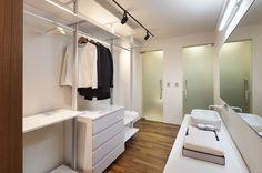 Honeymoon Villa - Dressroom & Bathroom / 베이힐풀앤빌라 Bayhill Pool & Villa