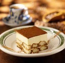 Recipe: Olive Garden Tiramisu Summary: Olive Garden Tiramisu Dessert- Very Delicious Ingredients 1 sponge cake, to 3 ounces[. Italian Desserts, Just Desserts, Delicious Desserts, Dessert Recipes, Yummy Food, Italian Tiramisu, Tiramisu Dessert, Tiramisu Recipe, Vegan Tiramisu