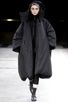 Yohji Yamamoto 2014/15  #RePin by Dostinja - WTF IS FASHION featuring my thoughts, inspirations & personal style -> http://www.wtfisfashion.com/