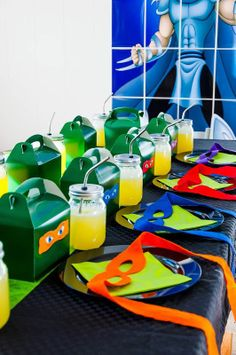 Now this is a Ninja Turtles party spread worth its weight in mutagent ooze.