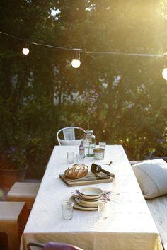 simple, pretty dining • toby scott
