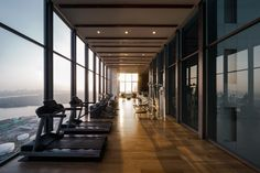 New Office Reception Seating Area Hotel Lobby Ideas Modern Hotel Lobby, Hotel Lobby Design, Fitness Design, Gym Design, Gym Lighting, Hotel Gym, Gym Interior, Gym Lockers, Gym Decor