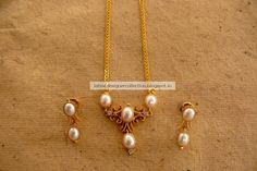 Gold-Necklace-With-Pearls.jpg (960×640)