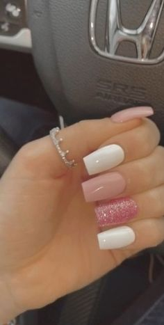 Acrylic Nails Coffin Short, Simple Acrylic Nails, Square Acrylic Nails, Summer Acrylic Nails, Best Acrylic Nails, Simple Nails, Coffin Nails, Acrylic Nail Designs For Summer, White Summer Nails