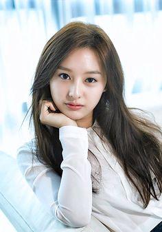คิมจีวอน (Kim Ji Won) - ดาราเกาหลี | korea.tlcthai.com Korean Actresses, Korean Actors, Korean Beauty, Asian Beauty, Korean Celebrities, Celebs, Prity Girl, Girl Korea, Kim Ji Won