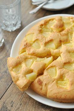 Kókuszos - ananászos-sütemény – tejmentes recept kókusztejszínnel Hawaiian Pizza, Apple Pie, Desserts, Food, Tailgate Desserts, Deserts, Essen, Postres, Meals
