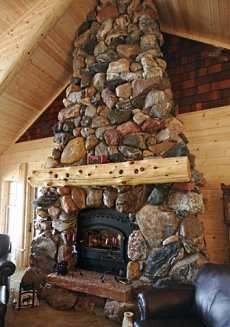 Log and Timber Frame Home Construction Home Fireplace, Fireplace Surrounds, Fireplace Design, Fireplace Ideas, Cabin Homes, Log Homes, River Rock Fireplaces, Stone Fireplaces, Off The Grid