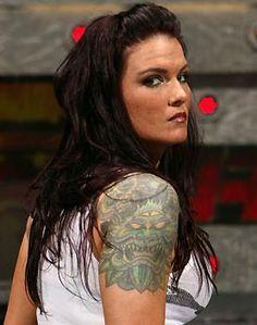 Amy Dumas aka Lita, my fuckin' girlcrush since. Wrestling Divas, Women's Wrestling, Female Wrestlers, Wwe Wrestlers, Edge And Lita, Matt Hardy, Wwe Lita, Trish Stratus, Dying My Hair