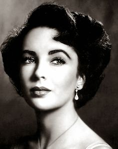 ハリウッド史上最高の女優と呼ばれている「エリザベス・テイラー」をご存知ですか?8回の結婚と4回の危篤状態を経験した壮絶な人生を送った彼女だからこそ私たちの人生にヒントを与えてくれるのです。