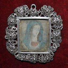 RELICARIO CON IMAGEN D LA VIRGEN PINTADA Y MONTADO CON MARCO D PLATA A FILIGRANA Art Deco, Bling, Antiques, Frame, Icons, Accessories, Jewelry, Silver Frames, Crosses