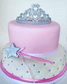 Pink princess cake, silver fondant crown, silver fondant wand.