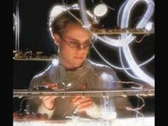 "THOMAS DOLBY / SHE BLINDED ME WITH SCIENCE (1983) -- Check out the ""I ♥♥♥ the 80s!!"" YouTube Playlist --> http://www.youtube.com/playlist?list=PLBADA73C441065BD6 #1980s #80s"