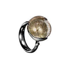 Rutile quartz 'Lotus' ring
