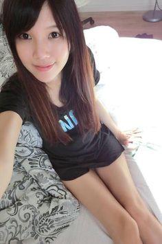 水嫩嫩的妹正到讓網友跪求FB   即時新聞   20140730   蘋果日報