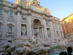 Trevi Fountain - Fontana de Trevi