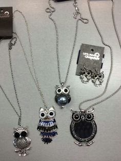 I have one of those necklaces! I where it a lot!