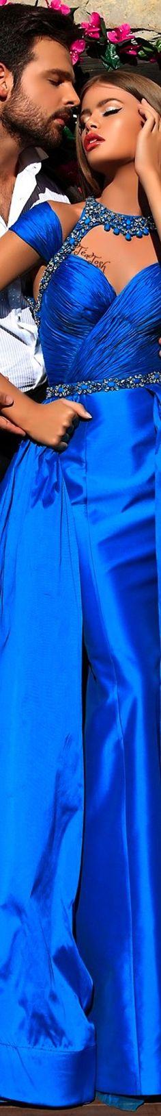 ❈Téa Tosh❈ Tarik Ediz #TarikEdiz #teatosh Kiss And Romance, Blue Bouquet, Gorgeous Women, Beautiful, Blue Fashion, Color Azul, Midnight Blue, Parisian, Going Out