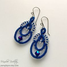 Yarnplayer's Tatting Blog: To go with the blue necklace