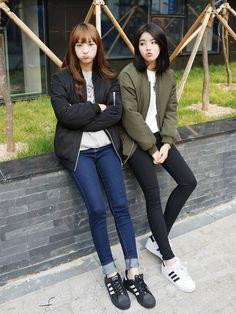 pιnтereѕт >> nadynnn❁ Korean Street Fashion, Korea Fashion, Kpop Fashion, Asian Fashion, Fashion Pants, Girl Fashion, Fashion Outfits, Fashion Design, Korean Outfits