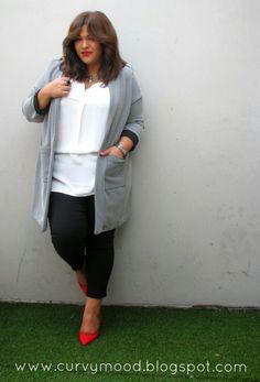 Plus Size Fashion for Women - Plus Size Blogger - Curvy Mood #plus #size #fashion