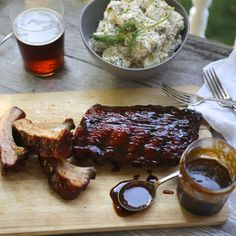 You, yes YOU, can make oven-baked ribs. And even better, you can slather those ribs all over with coffee-honey barbecue sauce. Prepare to be popular. It's been a bit of a crazy summer here a… Honey Barbecue Sauce, Homemade Barbecue Sauce, Barbecue Ribs, Honey Bbq, Slow Cooked Oven Ribs, Oven Baked Ribs, Rib Recipes, Cooking Recipes, Samoan Recipes