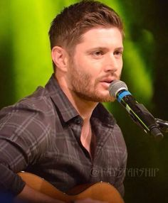 "JensenAcklesFan ❤️ (@jenacklesfan) on Instagram: ""Gorgeous @jensenackles !! ❤❤➡️ Pic Credit: @raystarship (Twitter)  #JensenAckles #Jensen #Ackles…"""