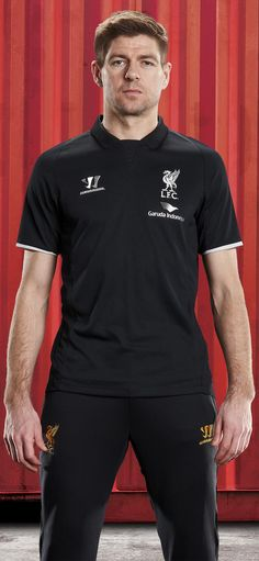 PHOTO: Steven Gerrard models a piece from the Reds' brand new training kit collection… http://store.liverpoolfc.com/kit/training-kit/ … #DEMAND pic.twitter.com/aKIg7RSt7K
