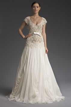 New York Bridal collection from fashion designer Victoria Kyriakides -VKK Fall Winter 2014 Fall Wedding Gowns, Wedding Dress Suit, Wedding Dresses Photos, Wedding Dress Styles, Designer Wedding Dresses, Bridal Dresses, Wedding Hair, Vow Renewal Dress, Wedding Dress Accessories
