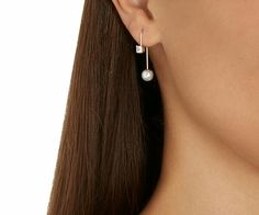 From swarosky.com earring pearl Pendientes con perlas classic modern ?