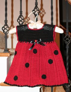 Ladybug dress - free crochet pattern