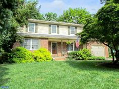 105 S East Ave, Wenonah, NJ 08090. 4 bed, 2 bath, $275,000. Walking up to this C...