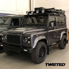 Leaving Twisted HQ last week, from Classic Series I, this customer chose to add a few extras to their build to make it even more #AntiOrdinary - want to create your own? We're now well under way with Series II. #Defender #LandRover #LandRoverDefender #AntiOrdinary #DefenderRedefined #Redefined #Handmade #Handcrafted #Details #Yorkshire #Style #Lifestyle #LinkInBio