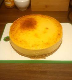 Sernik puszysty jak chmurka - Przepis - Kosą po patelni Camembert Cheese, Pudding, Cooking, Food, Bakken, Kitchen, Custard Pudding, Essen, Puddings