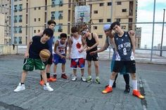 CHICSER Ranz Kyle, Basketball Court, Sports, Outfits, Hs Sports, Suits, Sport, Kleding, Outfit