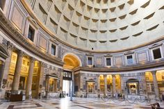 The Pantheon, Rome, Italy © Maurodp75 | Dreamstime