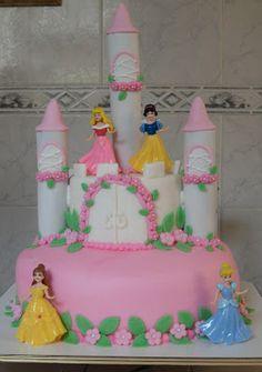 Festas da Kaká!: Bolo Castelo de Princesas!