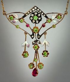 Elegant Floral Motif Art Nouveau Rose And Yellow Gold, Diamond, Ural Demantoid Garnet, Red Spinel and Painted Enamel Necklace - Moscow, Russia  c. 1908-1917