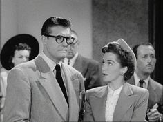 Adventures of Superman: Season Episode 8 The Mind Machine Nov. Sci Fi Tv Shows, Old Tv Shows, Batman And Superman, Superman Stuff, Original Superman, Superman Birthday Party, George Reeves, Dc Icons, Adventures Of Superman