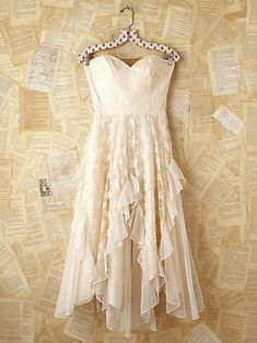 Vintage White Lace Strapless Dress: bridal shower/rehearsal dinner? there's got to be something I could use this towards my wedding for!