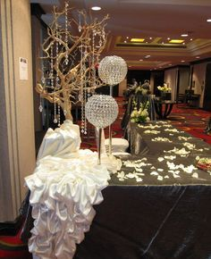 Reception Tables - Sultana's Wedding Decor