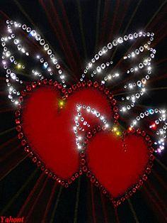 Любовь окрыляет... - анимация на телефон №758444